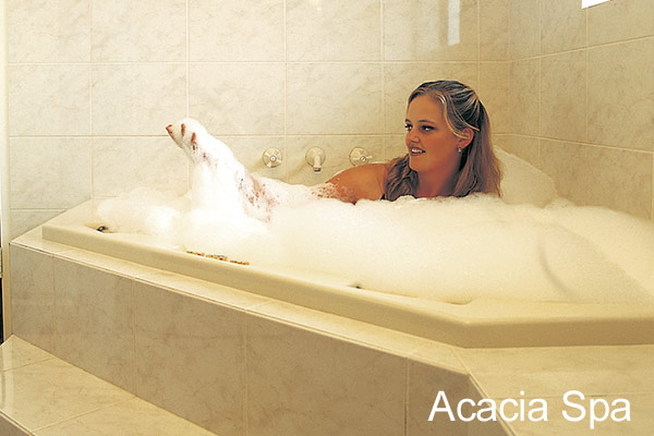Acacia Spa Bathroom